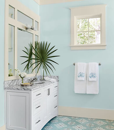 Bathroom with small Marvin Window