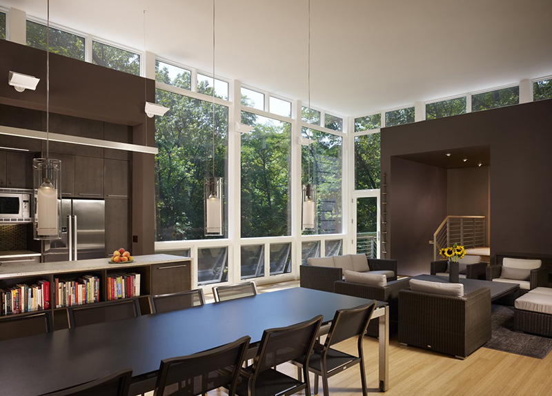 Large dining area with wall of Marvin Windows