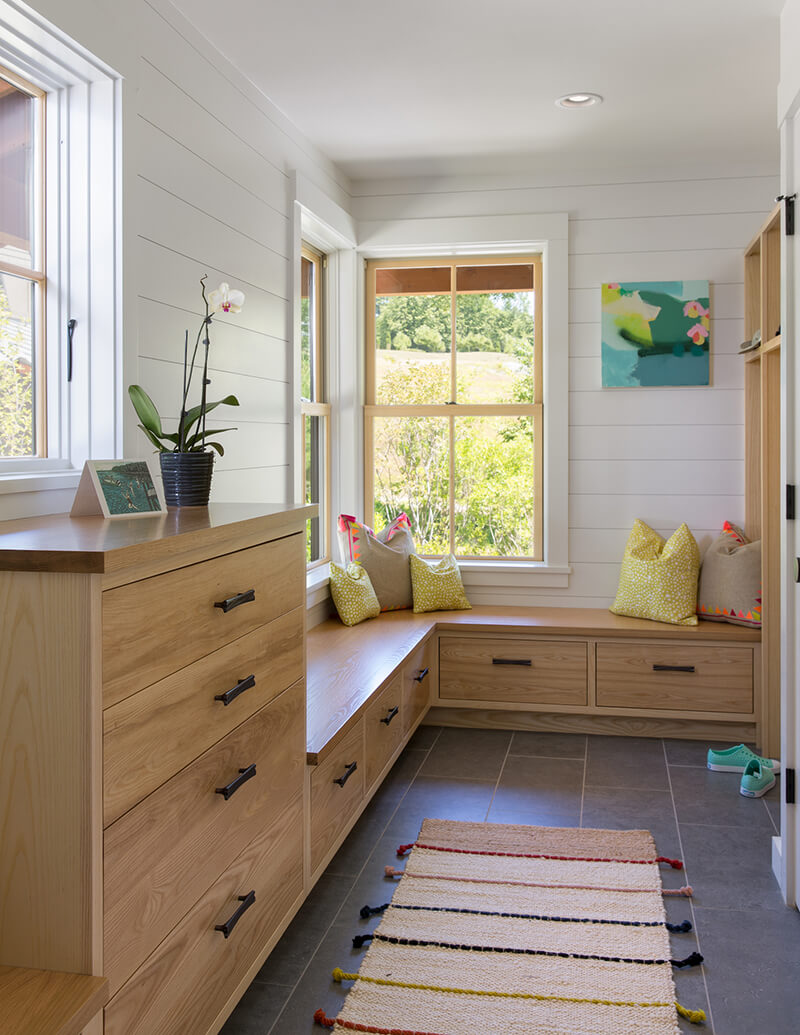 Mudroom with Marvin Mixed frame and sash window