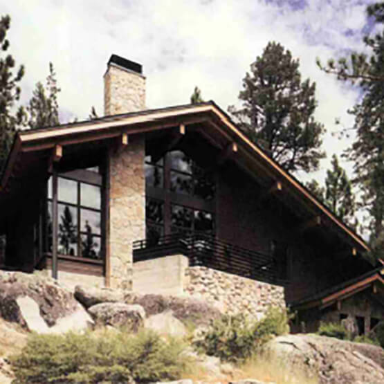 Sierra Nevada home with multiple Marvin Windows