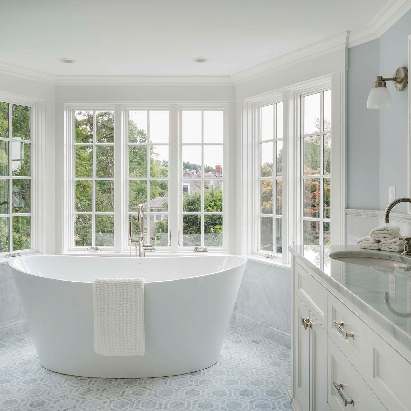 Spa like bathroom with Marvin Elevate Casement Windows