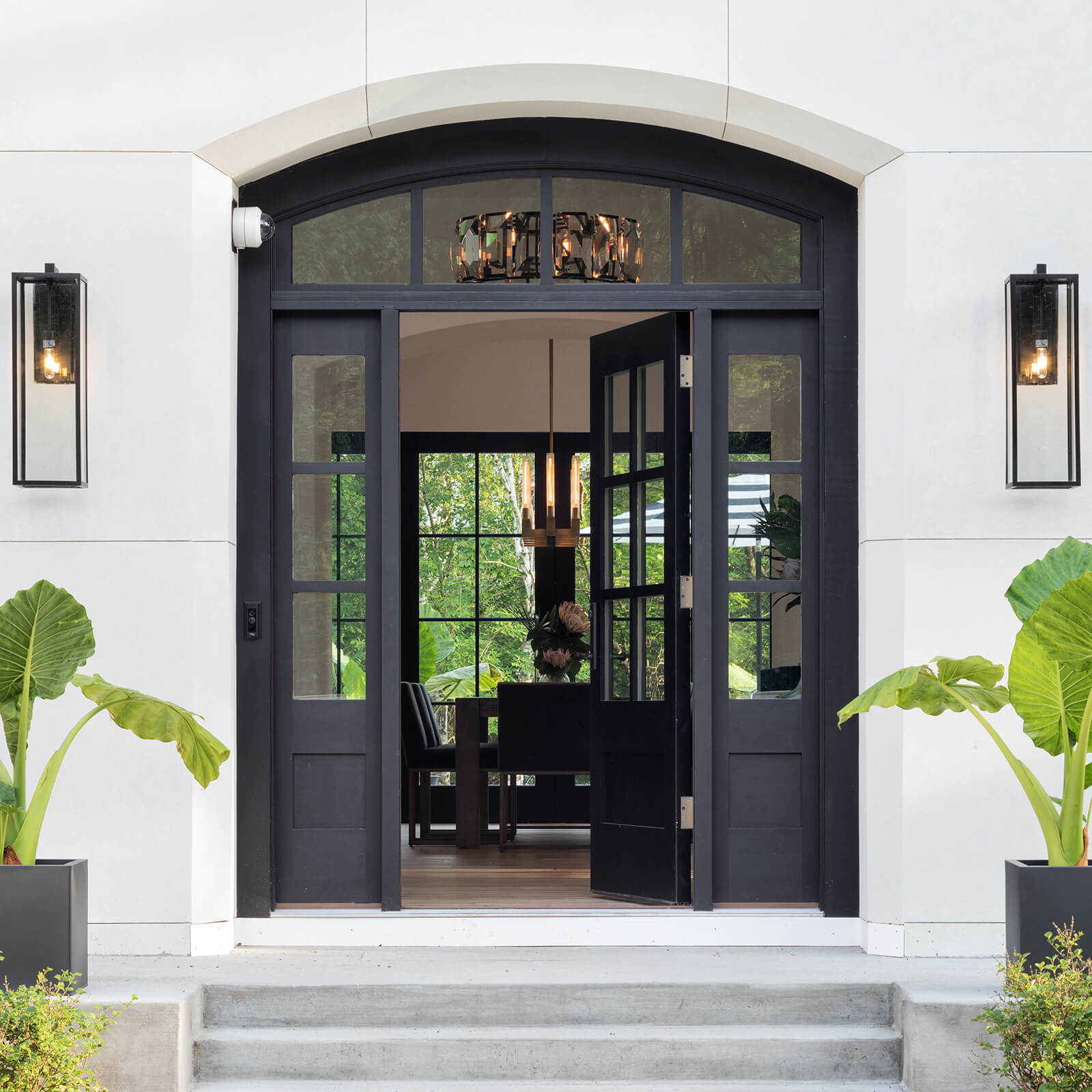 Exterior entrance of traditional style home with Marvin Signature Ultimate Inswing French Door