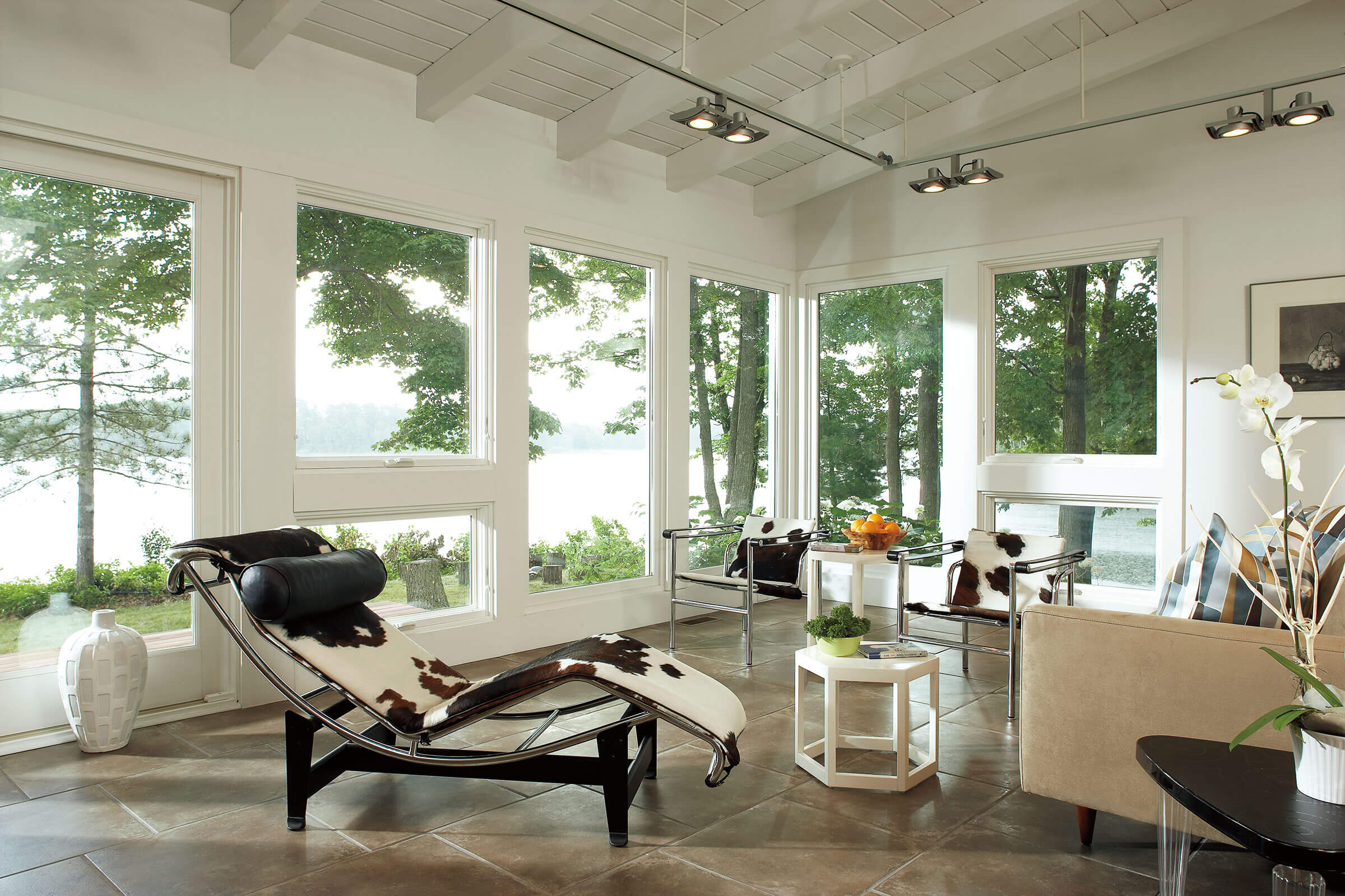 Contemporary Living Room With Signature Ultimate Awning Narrow Frame Window
