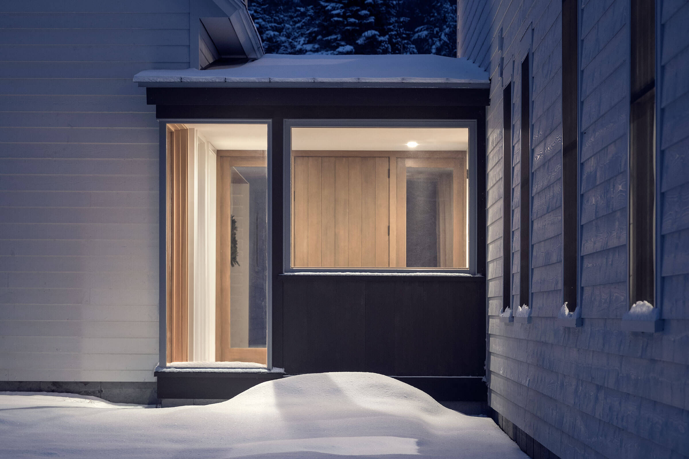 Brightly Lit Home With Elevate Casement Windows