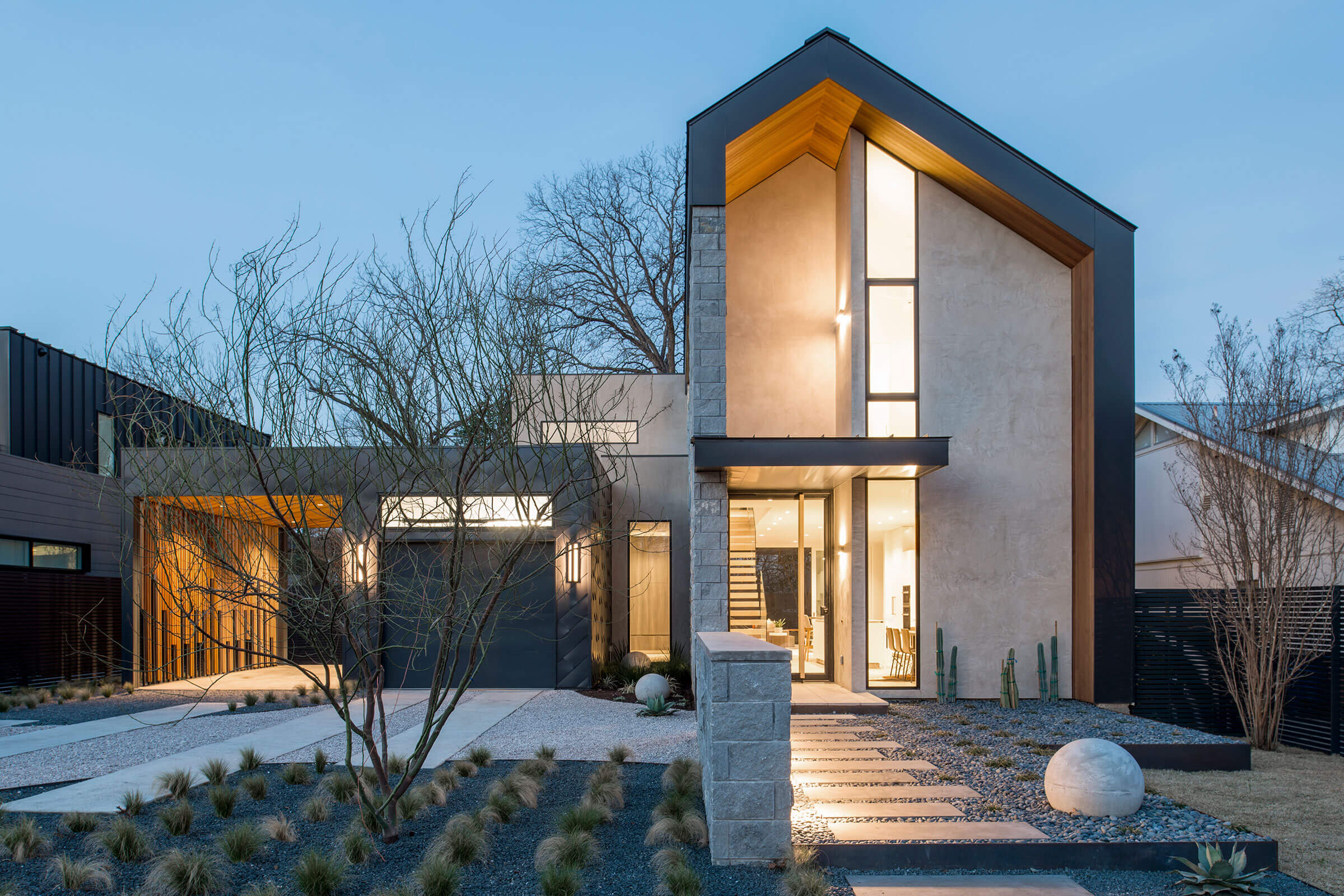 Large Contemporary Home With Signature Ultimate Windows And Doors