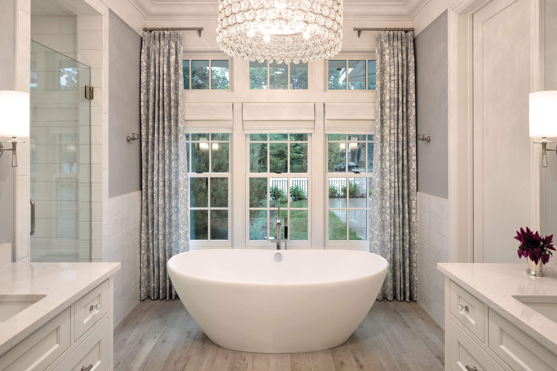 Beautiful Bathroom With Signature Ultimate Double Hung G2 Windows